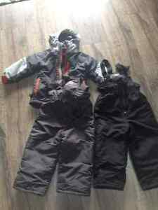 3T 3-in-1 winter jacket and two pairs of snowpants