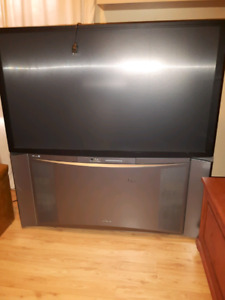 Large 50 inch floor model flat tv