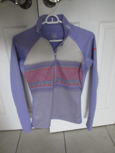 Nike pull over - size small