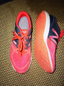 New Balance Zante fresh foam running shoes, women's 9.5 Kitchener / Waterloo Kitchener Area image 2