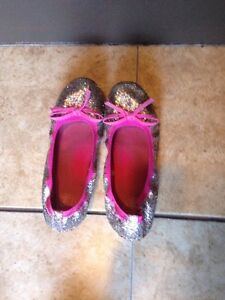 Flat ballet shoes for a girl