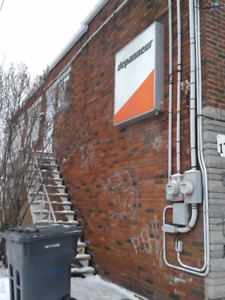 5.5 rent, renovated, libre now, in longueuil