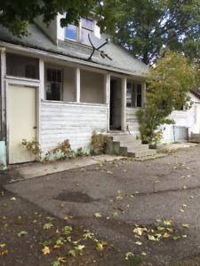 3 Bdrm House - Available Nov 1st, $2000