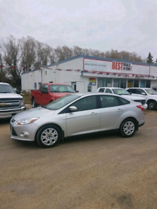 2012 Ford Focus SE Sedan, Extra Clean!