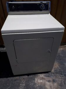 Maytag Beige Dryer - working well!