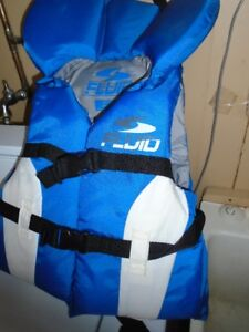 for sale  60 – 90 lbs  Youths Lifejacket NEW