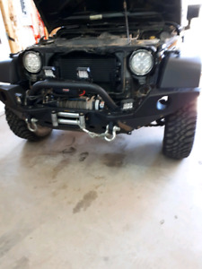 Accessories jeep wrangler all in excellent condition.