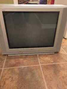"20"" JVC iArt CRT TV for sale"