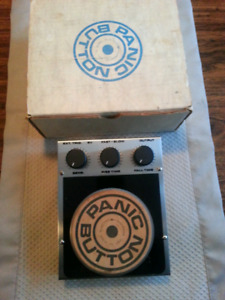 Panic Button Percussion Effects Pedal by Electro Harmonix