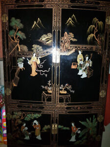 Chinese Motive Black Lacquered Cabinet