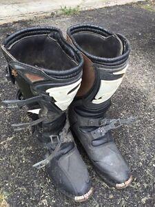 Dirt bike boots Quadrant1