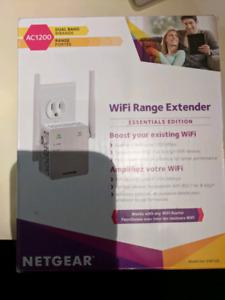 WiFi Range Extender - Netgear