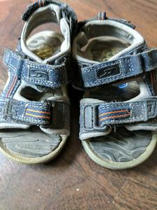 Dr. Scholl's Boys Sandals, Size 5