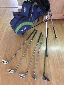Quality Children's Golf Clubs and Walking Bags