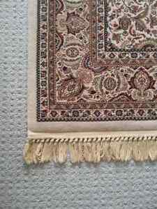 "HANDMADE FINE PERSIAN CARPET 5'2"" x 7'6"" FOR SALE London Ontario image 5"
