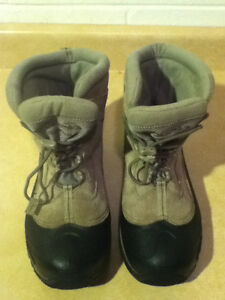 Youth Columbia Bugaboot Winter Boots Size 7 London Ontario image 2