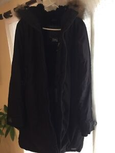 TNA Parka size XL in excellent condition