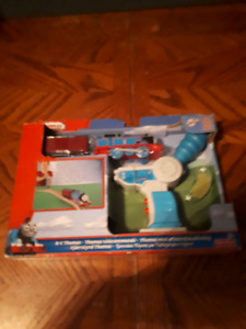 Thomas &friends trackmaster motorized railway rc  new in box