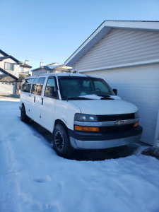 2007 Chevy Express 3500-for parts