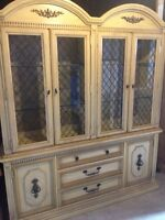 Large display case vaisellier
