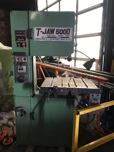 T-Jaw Vertical Band Saw