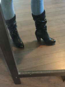 LIKE NEW CALL IT SPRING BLACK  BOOTIES WITH KNIT CUFF 8.5
