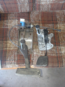 Adjustable pedals good for street rod