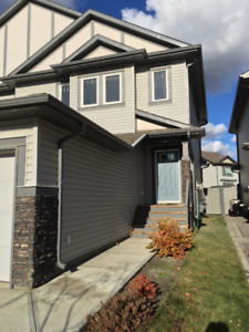 Duplex for rent in Windermere