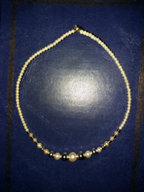 Pearl & Silver beads necklace/choker