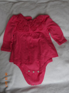 tons of baby girl clothes 0-24 mo, great condition and brands