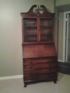 ANTIQUE SECRETARY DECK WITH BOOKCASE