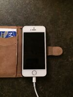 iphone 5S 16gig White Excellent condition