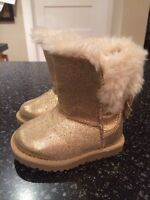 Girls size 5 Fashion boots