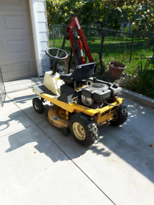 Small lawn tractor