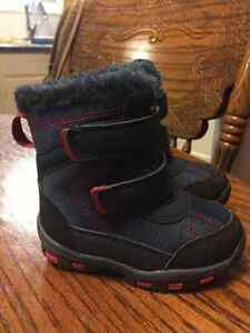 Winter boots London Ontario image 1