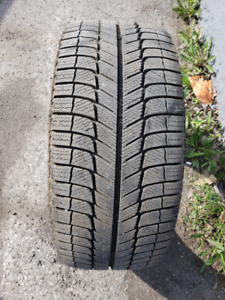 245/40R18 MICHELIN X-ICE GREEN WINTER TIRE  LIKE BRAND NEW