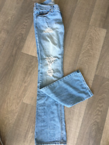 Hollister Light Wash Jean- Venice Boot style-size small