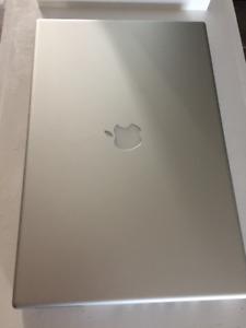 """2006 17"""" Mac PowerBook G4"""