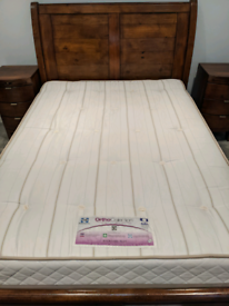 Sealy Posturepedic double mattress