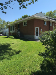 Attached House for lease in Kingston Mills