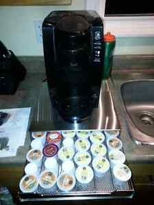 Keurig by Oster. Pods included. Works perfectly. Peterborough Peterborough Area image 2