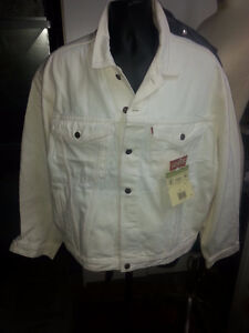 WHITE LEVI'S JEAN JACKET EURO FIT NEW WITH TAGS ON London Ontario image 1