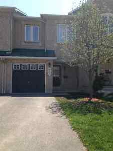 Townhouse for rent in Kanata Morgan's Grant