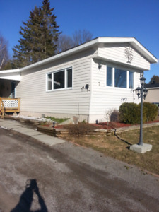 Beautifully renovated 3 bedroom mobile home Cobden area