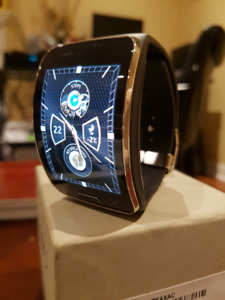 **Gear S bluetooth + LTE smartwatch**
