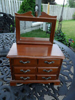 Beautiful Vintage Wooden Jewelry Box with Mirror & Music Box