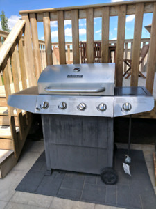 Stainless Steel Master Forge Propane Barbeque/BBQ