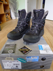 LOWA Renegade Ice GTX Winter Boots