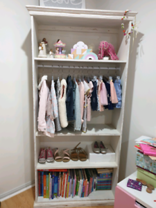 Cute toddler/baby shelving