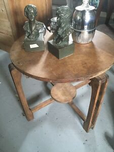 Table basse ronde antique